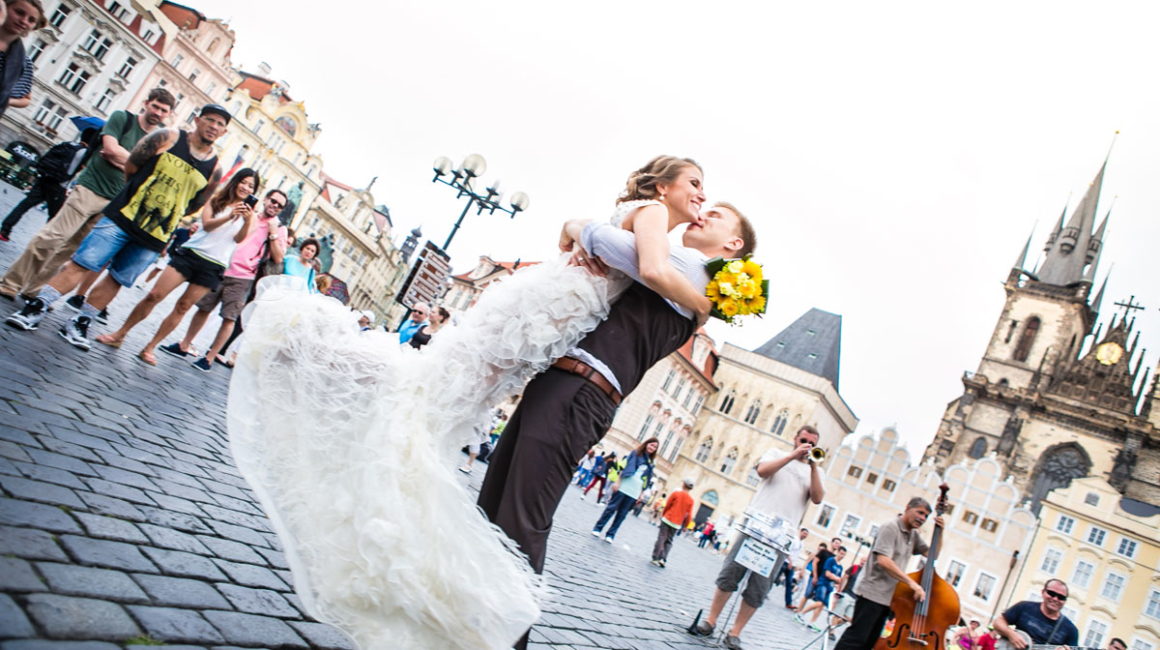 czech republic wedding in Prague city | destination wedding with a wedding photographer